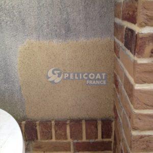 Mur nettoyé avec le décrassant PRO FLASH NET
